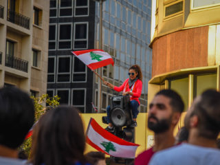 دروس لبنانية إلى أبناء سوريا
