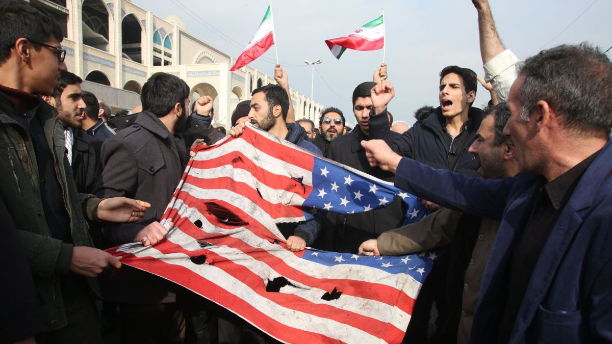 https-_cdn.cnn_.com_cnnnext_dam_assets_200104145940-iran-anti-us-protest.jpg