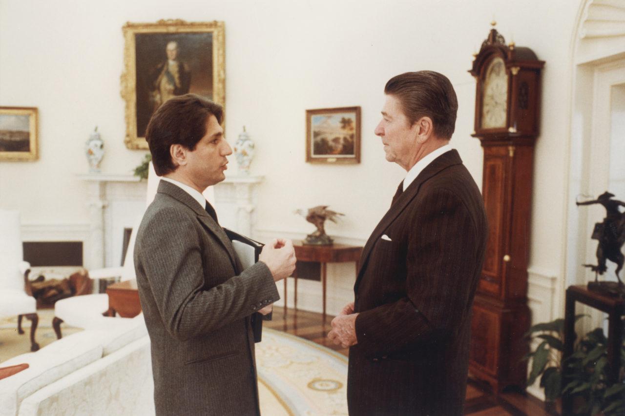 -الرئيس-الاميركي-دونالد-ريغن-في-القمة-الاميركية-ـ-اللبنانية-الأول-1280x853.jpg